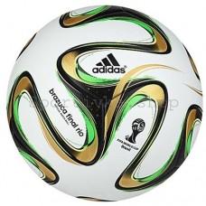М'яч футбольный Адидас
